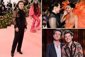 How <b>Harry Styles</b>' flamboyant, nipple-flashing Met Gala outfit has ...