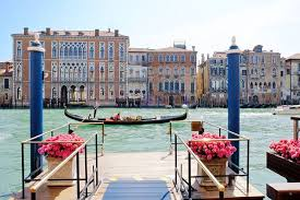 A Travel Guide to Venice, Italy - WSJ
