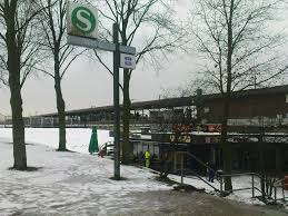Veddel station
