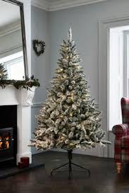 <b>Christmas Home Decor</b> | Home Accessories & Decorations | Next UK