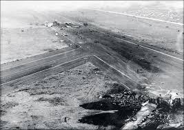 Картинки по запросу 1977 года из-за серии ошибок диспетчеров и летчиков два Boeing-747