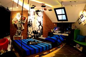 bedroomeasy on the eye cool boy bedrooms music bedroom rukle rnb torrent white wall blue bed bedroomeasy eye
