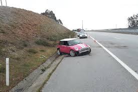 Mãe e filha feridas após despiste na A7 em Celorico de Basto