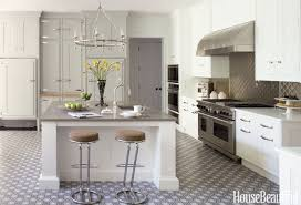 wall color white kitchen cabinets