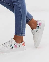 <b>Women's</b> Trainers & Sneakers | Black & White Trainers | ASOS