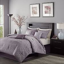 ideas lavender bedrooms pinterest lavender bedrooms  lavender bedrooms