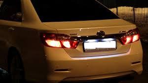 Замена <b>лампы подсветки</b> номера Тойота Камри V50 (Camry V50)