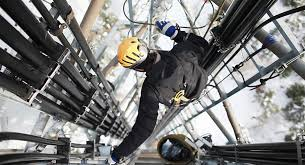 Food Hygiene Training | Health and Safety | SGS Worker on telecommunication tower