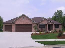 images about brick ranch homes on Pinterest   Ranch homes    All Brick Ranch Home    I love this house