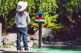 Best <b>Mini Golf</b> Courses for <b>Kids</b> in Los Angeles