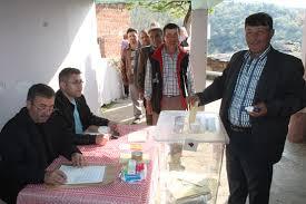 Manisa'da oy kullanma işlemi 12 dakika sürdü