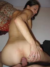 Linda chica juguetona se la cojen por el chiquito