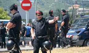 Resultado de imagen para fotos de ;policias uniformados en cuba