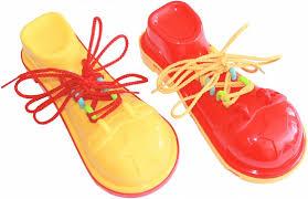 Игра-<b>шнуровка Пластмастер</b> Клоунский <b>ботинок</b> в ассортименте ...