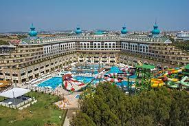 <b>Crystal Sunset Luxury Resort</b> & Spa, Holiday residences Sidé