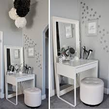 charming bedroom furniture ideas for small rooms on bedroom with 1000 about decorating small bedrooms pinterest bedroom furniture ideas small bedrooms