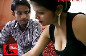 pumping a desi aunty pussy hard and deep - Porn Indian Films