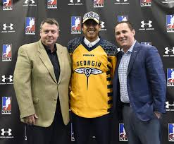 swarm sign no overall pick lyle thompson three others swarm sign no 1 overall pick lyle thompson three others