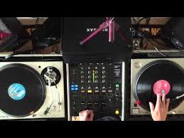 <b>DJ</b>'ing for Beginners - Basic Beat-Mixing, using <b>Vinyl</b> Records on ...