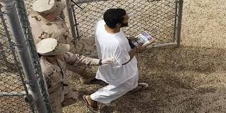 صنعاء - الافراج عن اربع سجناء يمنيين من غوانتانامو