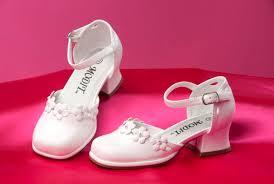 images?qtbnANd9GcTwgIJAK1ok3wDSLp2UFUSArE4kpgV5oosUEl6gbO8FYYJX5oBI - kız çocuk ayakkabı modelleri