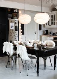 Modern White Dining Room Set 10 Modern Black And White Dining Room Sets That Will Inspire You