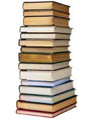 Risultati immagini per pile di libri