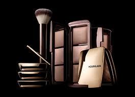 <b>HOURGLASS</b> Cosmetics, Makeup, Palettes - Harvey Nichols