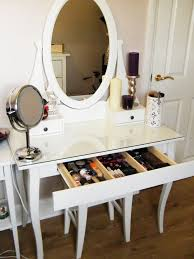 diy makeup vanity comes in a bunch of setup ideas that you can adopt to make your own one check out some hints and tricks here to help you do well check beautiful diy ikea