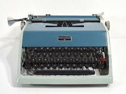 Working Typewriter Two-Tone <b>Underwood</b> Olivetti 21 by ReCreative85
