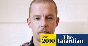 <b>Alexander McQueen</b> hanged himself after taking drugs | Alexander ...
