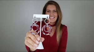 How-to <b>style Statement Earrings</b>! - YouTube