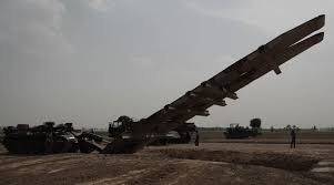 perspective  indian army   canal crossing operations  photo essay blt   bridge laying tank   used to bridge gaps  water dry  and allow for movement of mechanized columns across
