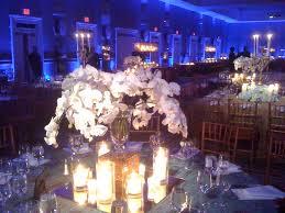 dramatic wedding lighting blue wedding uplighting