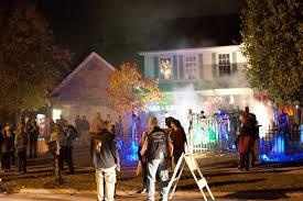 Zombie  y Ideas  Here    s Everything You Need To Throw A Zombie    zombie party house
