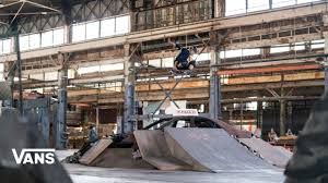 Tony Hawk Pro <b>Skater</b>: Behind The Scenes   <b>Skate</b>   VANS