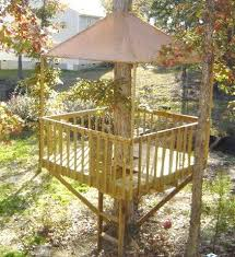 ideas about Simple Tree House on Pinterest   Tree Houses    The treehouse  Mom and Her Drill Very simple  easy to build tree