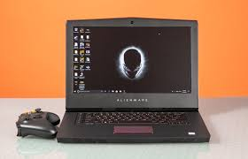 <b>Alienware 15 R4</b> Review: When Bulk Equals Power | Tom's Hardware