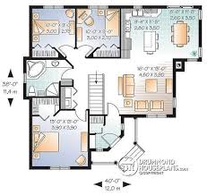 House plan W detail from DrummondHousePlans com    st level Affordable Country style bungalow  open floor plan  bedrooms  laundry on