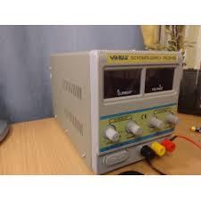 Лабораторный <b>блок питания Yihua PS</b>-3010D