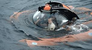 بوتين يغوص أمام القرم images?q=tbn:ANd9GcTzqk3ErZsIPdPjrM3RQ1ychcpGeSe7QZdaNmvjAXkijas3MANc