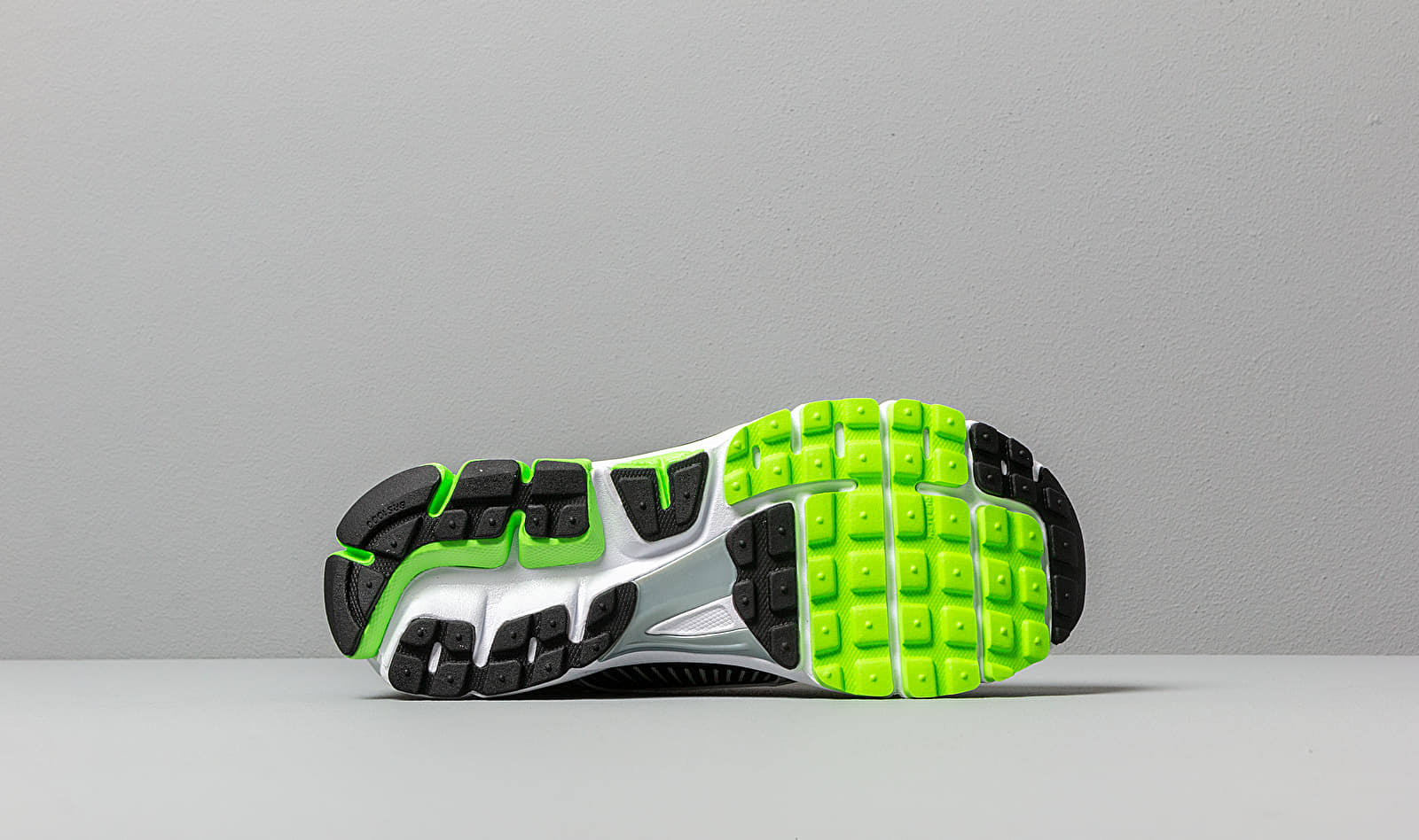 Nike Zoom Vomero 5 Electric Green Black