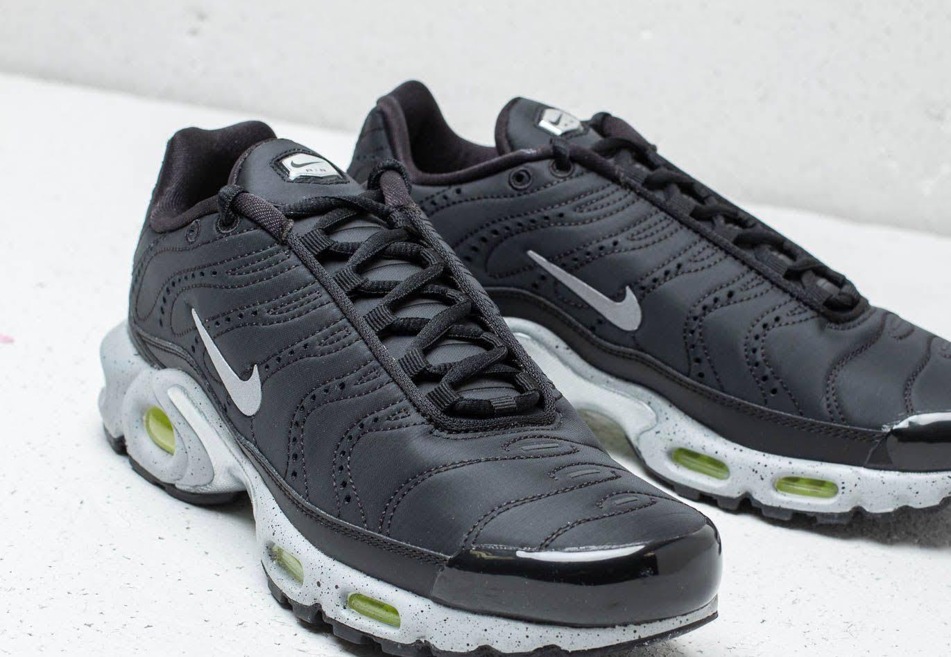 Volt Black Plus Matte Silver Premium Nike Air Max 17Iwq7O0