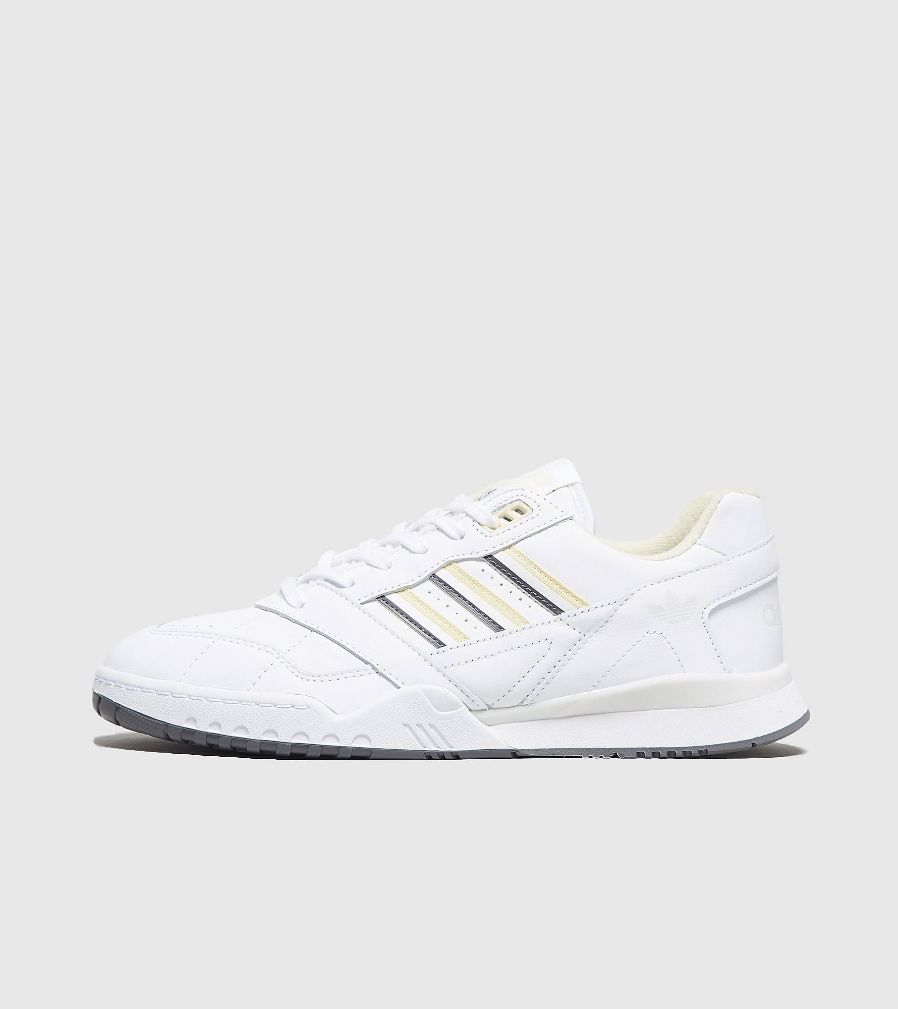 Adidas A.R. Trainer (White)