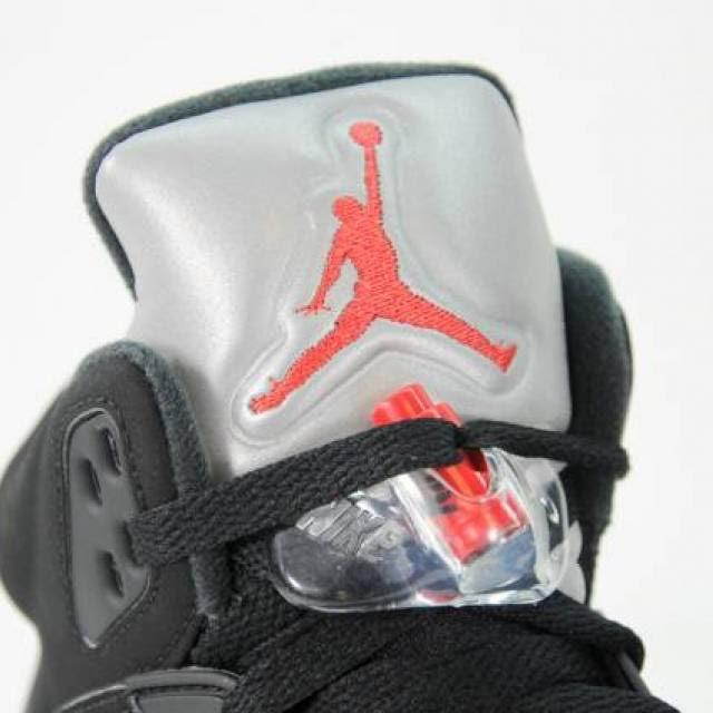 Jordan Hombres 845035 blanco Fuego Tamaño Air Og 003 mtllc Estilo Silver Slvr Retro Rojo Metallic De Negro Los 5 8 BxCqvdwC1